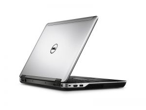 Dell Latitude E6540 i5-4310m 8GB 240SSD DVD W10P